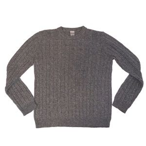 Gray oversized cable knit crew neck sweater